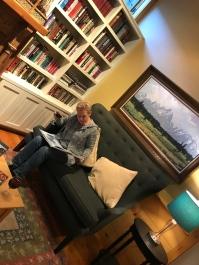 Schlummertrunk in der Bibliothek des Bed & Breakfast